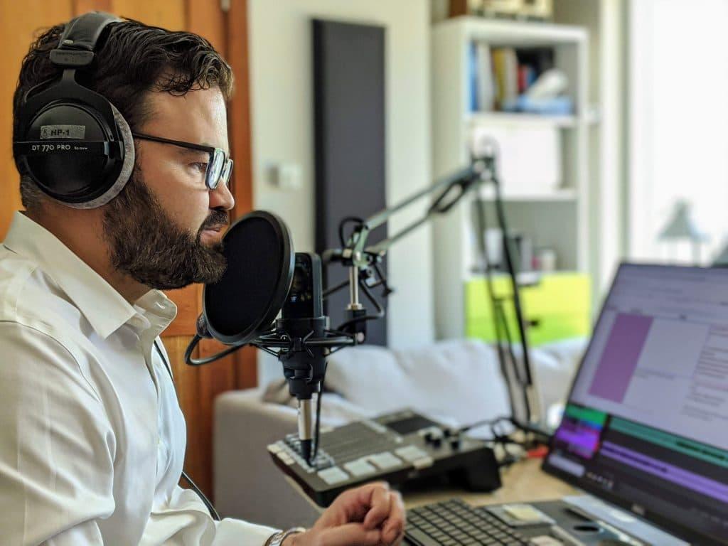 Hugo-Martin-Question-de-preuve-Studio-Leo-Laporte-Rivercast-Media-Blog